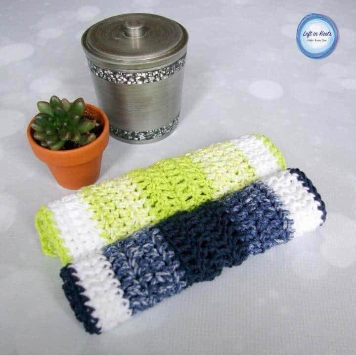 An easy crochet wash cloth made with basic crochet stitches and cotton yarn