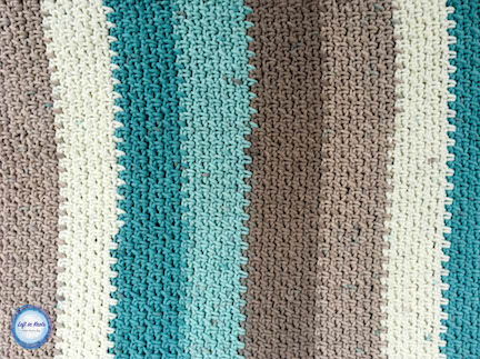 Crochet cotton placemats made with the moss stitch