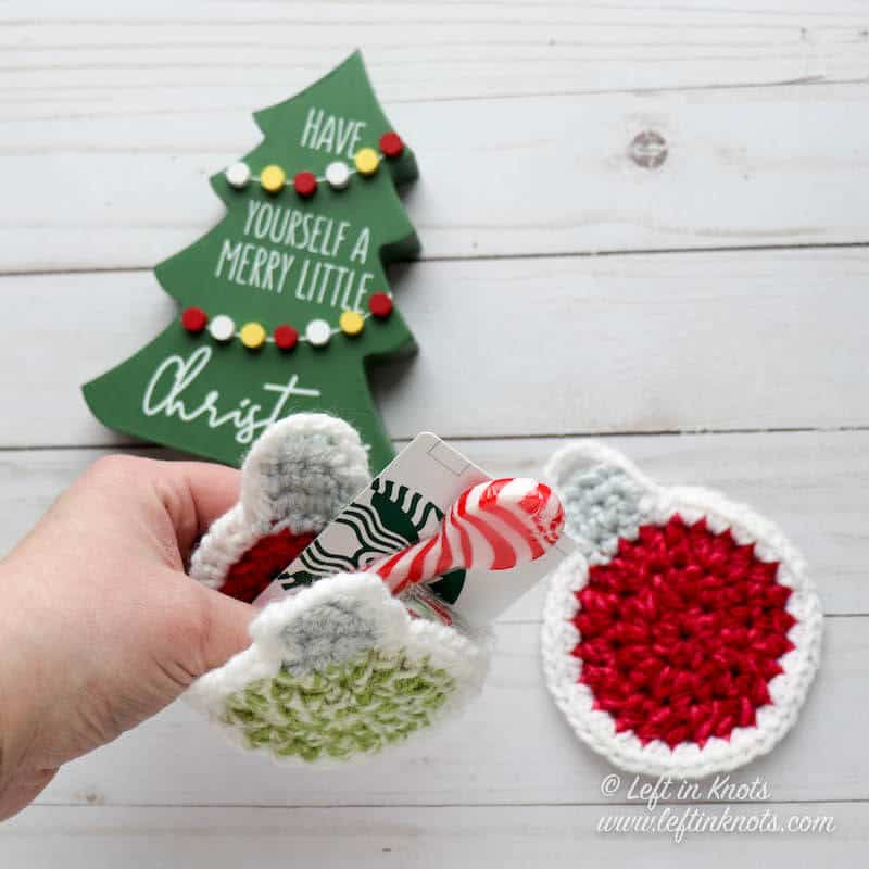 A crochet ornament gift card holder